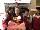12月のお誕生日会☆今年99歳で来年100歳を迎えられます(≧∀≦)!