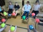 ボール体操楽しいです。(^^)