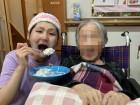 あーん♡ケーキは甘くておいしいからほっぺたが落ちちゃいそう(●^o^●)(笑)