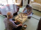 活動(囲碁):昔からの趣味も継続して楽しんで頂きます(ムムム!その手、ちょっと待った!)
