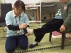 足のマッサージ☆彡気持ちいいですか?