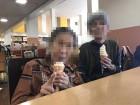 おでかけでソフトクリームを食べに‼暑いから冷たい物、食べれて嬉しい!(^^)!